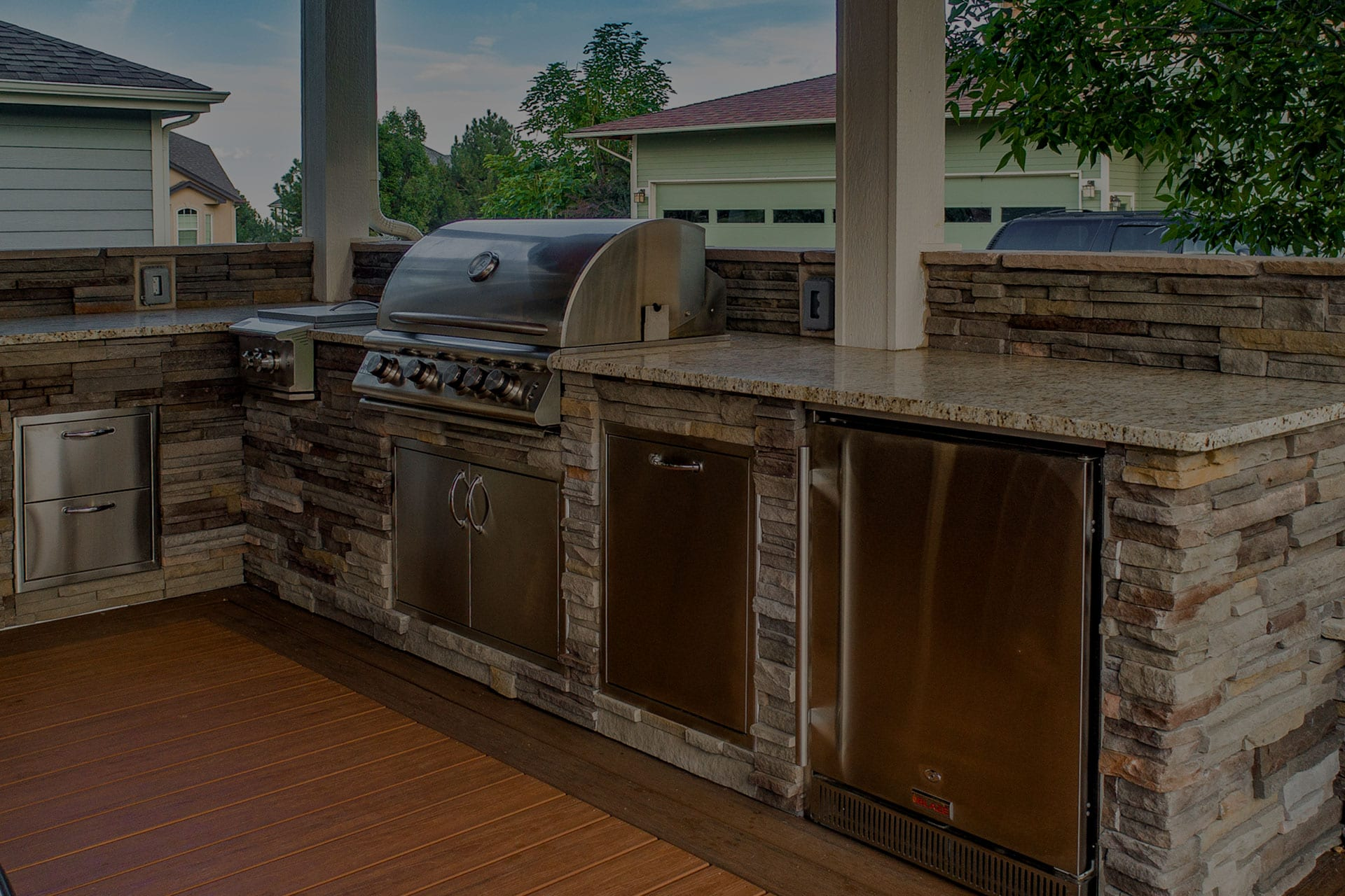 outdoor kitchen & bbq